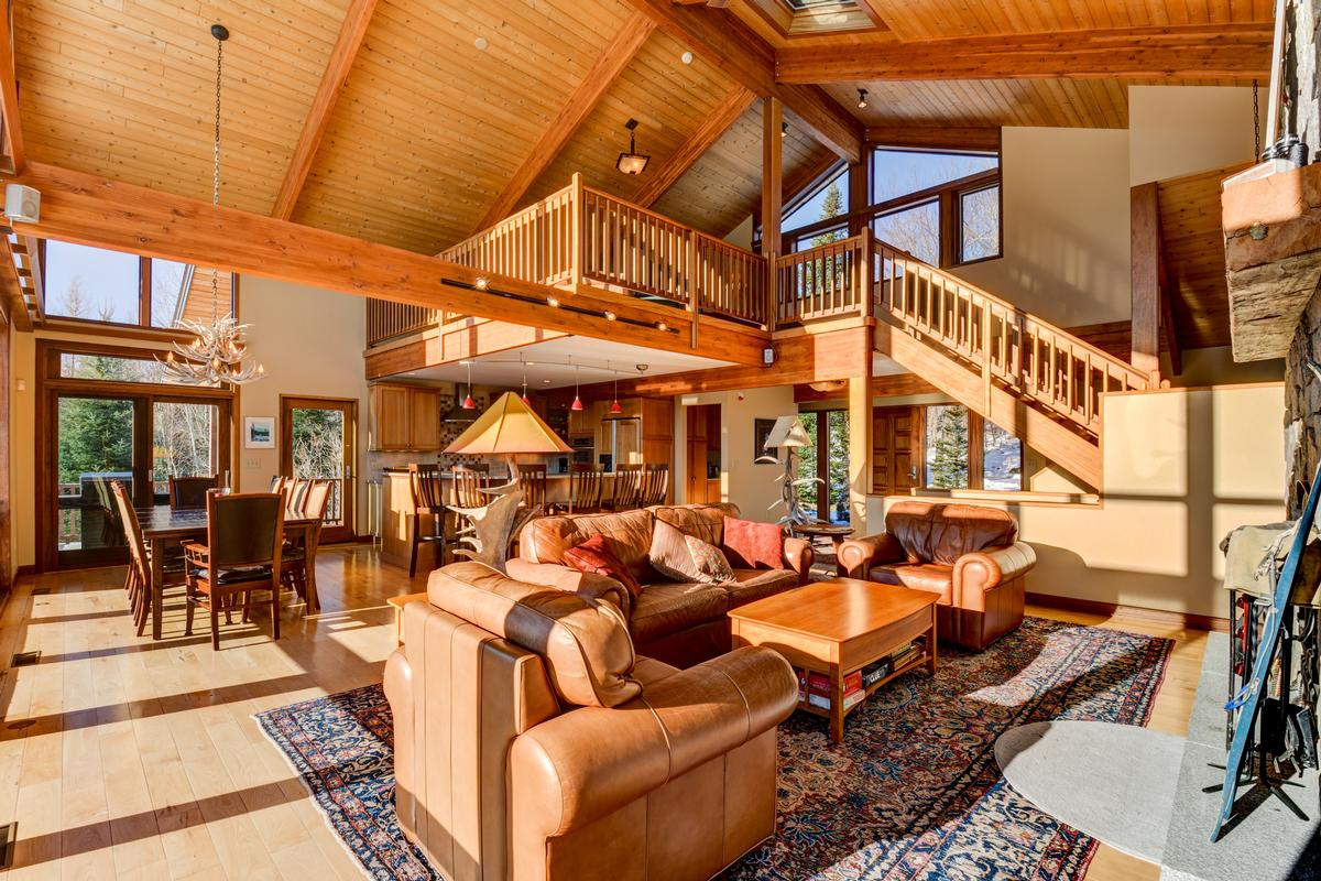 cUSTOM mOUNTAIN hOMe luxury homes