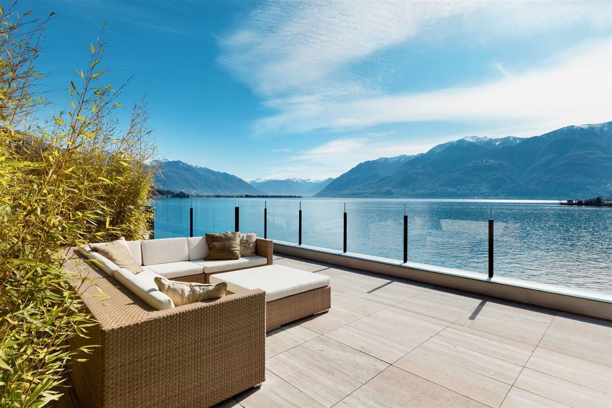 Duplex penthouse on the shores of Lake Maggiore luxury homes