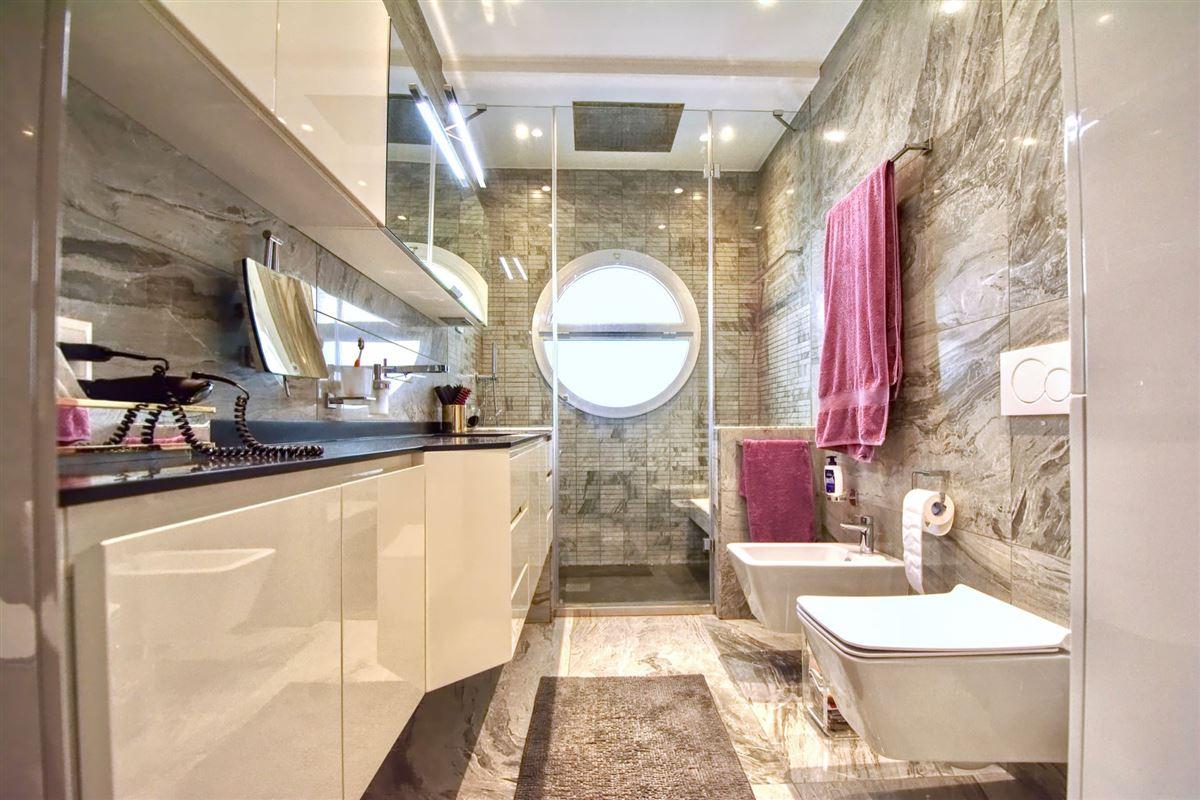 Luxury homes Wonderful villa for sale in Viganello