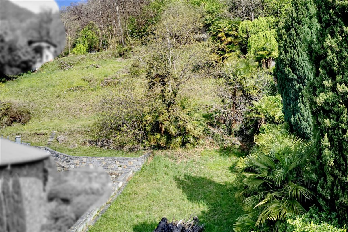 Luxury homes wonderful building plot with open view of Lake Maggiore