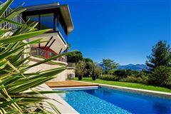 Mansions beautiful modern two-floor-villa