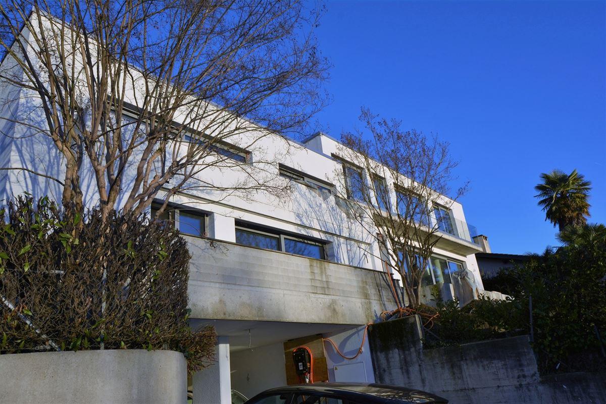 modern new villa luxury homes