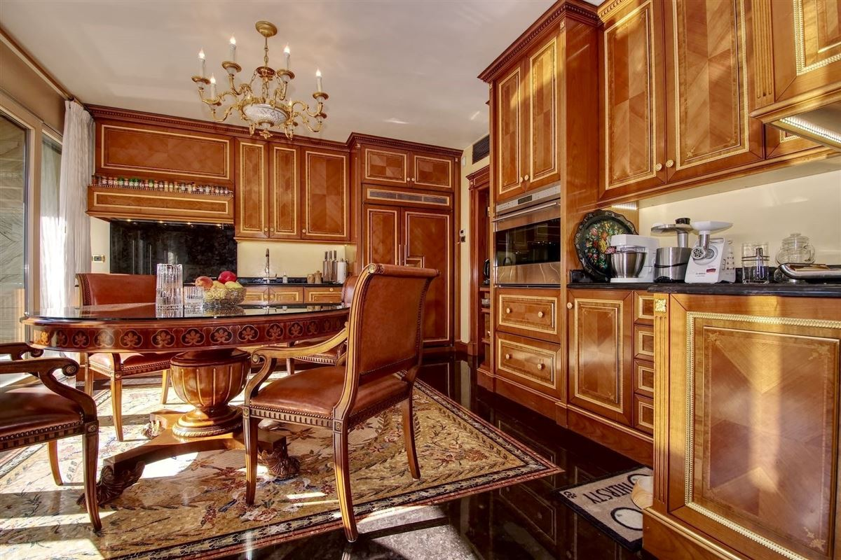 Luxury properties beautiful apartment in the center of Lugano