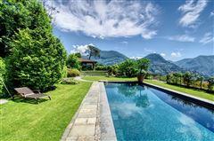 Mansions elegant villa in exclusive Massagno
