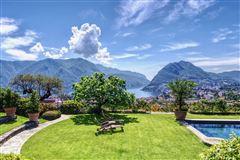 elegant villa in exclusive Massagno mansions