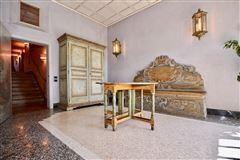 Luxury homes in elegant villa in exclusive Massagno