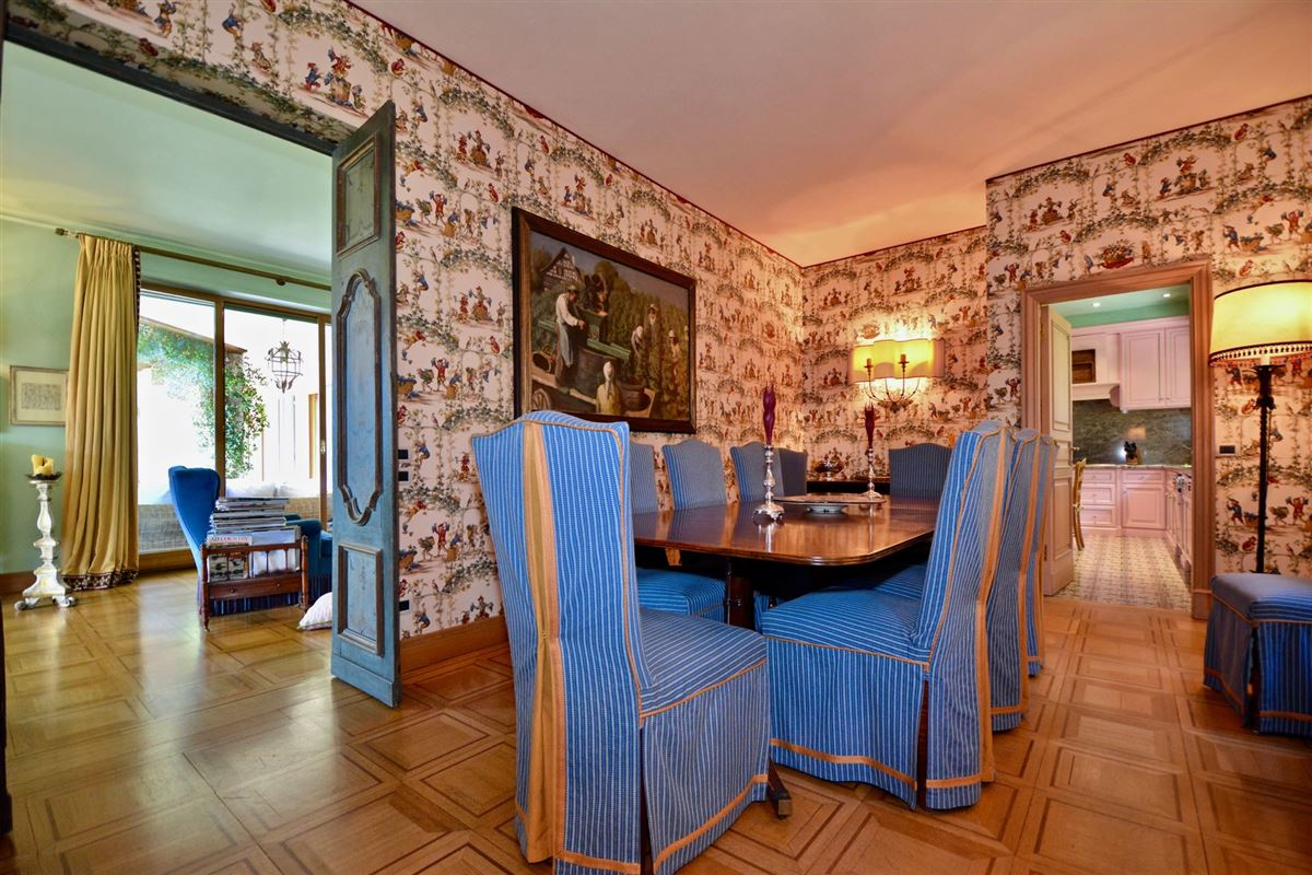 Luxury homes elegant villa in exclusive Massagno