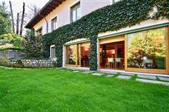 elegant villa in exclusive Massagno luxury homes