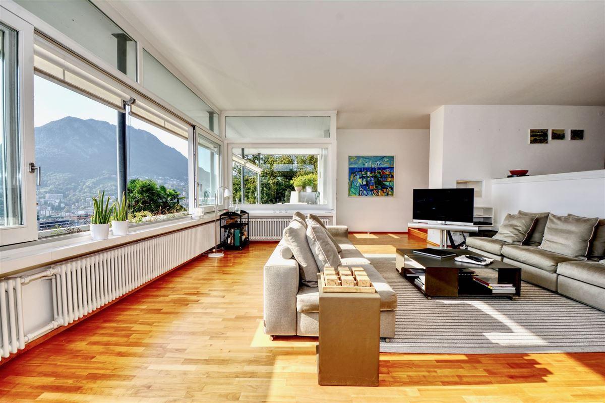 Luxury real estate renovated villa in Sorengo