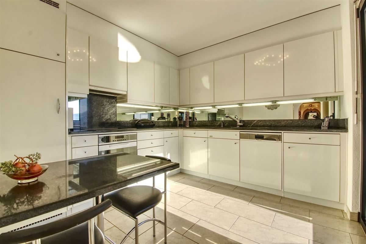 Luxury homes beautiful and modern two-bedroom apartment in Minusio