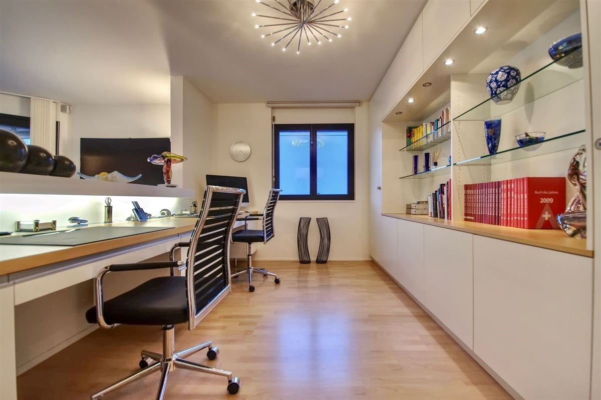 beautiful and modern two-bedroom apartment in Minusio luxury real estate