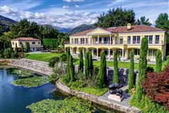 Mansions luxury real estate in caslano