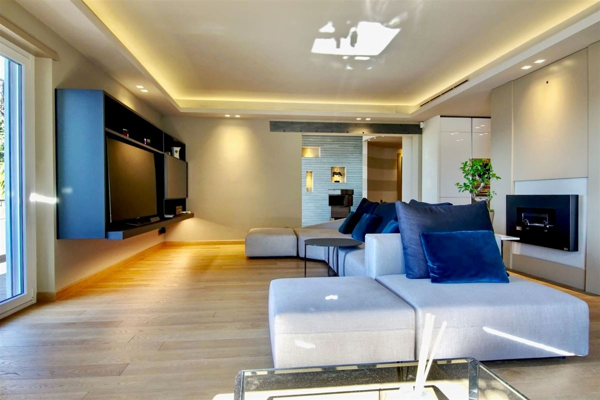 Luxury real estate luxurious first floor apartment