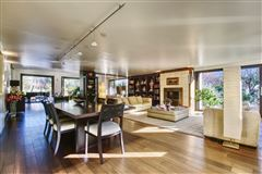 Mansions in Prestigious villa  in a very sought-after location with privacy