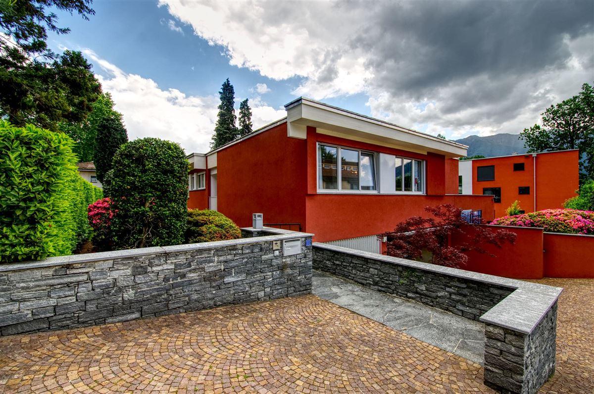 Very elegant bungalow style villa  luxury properties
