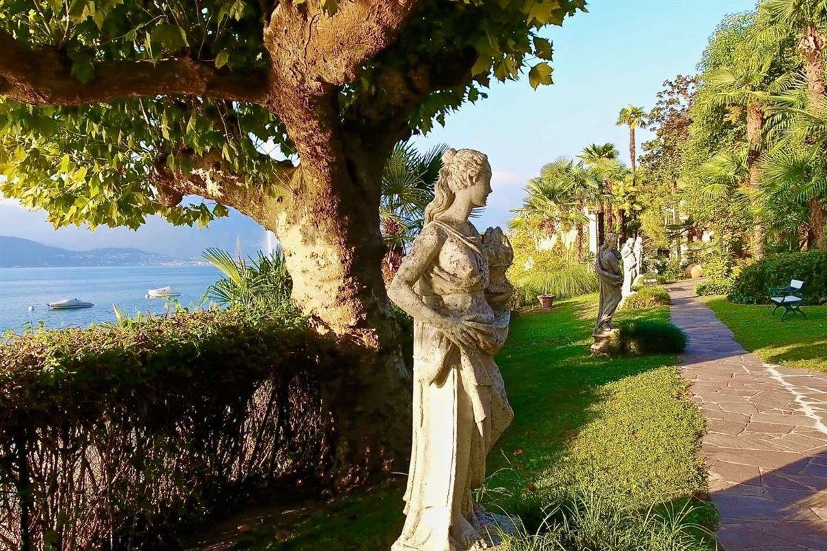 castle-like villa enjoys private lake access luxury homes