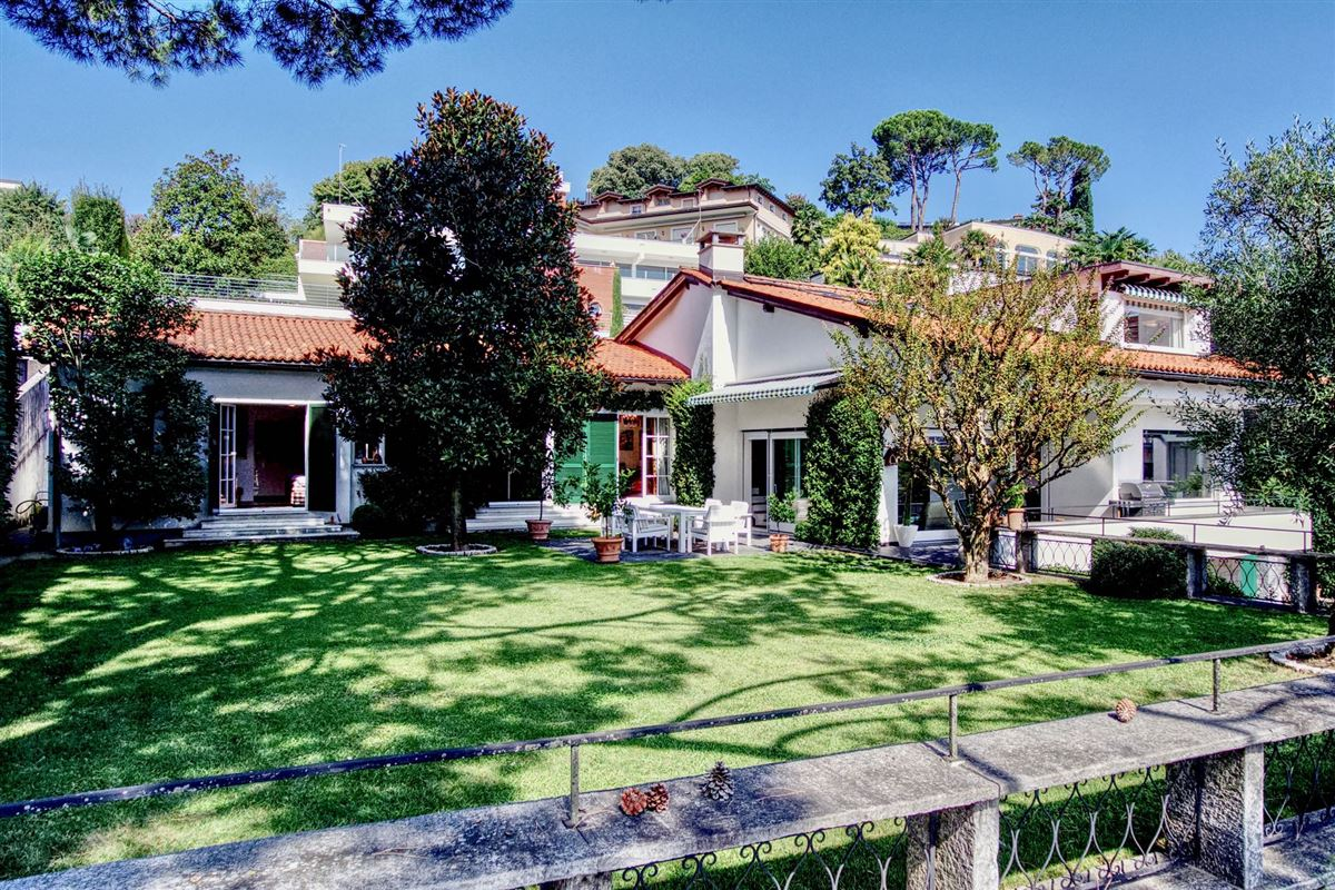 Elegant villa in Sorengo with Lake Lugano view luxury properties