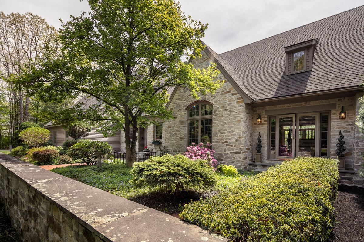 Luxury real estate Elegant and inviting city retreat