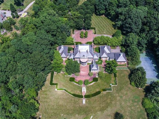 Majestic Georgian estate mansions