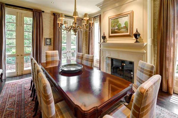 Luxury homes Majestic Georgian estate