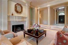 Majestic Georgian estate luxury homes