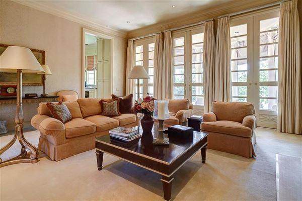 Luxury real estate Majestic Georgian estate