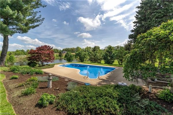a serene 28.86 acre property in jackson township luxury homes