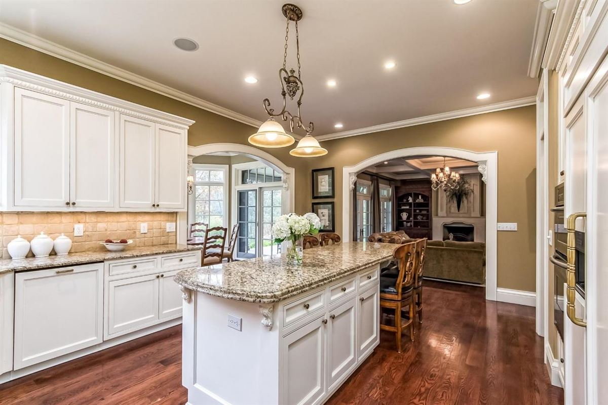 Luxury homes in  idyllic nine acre estate