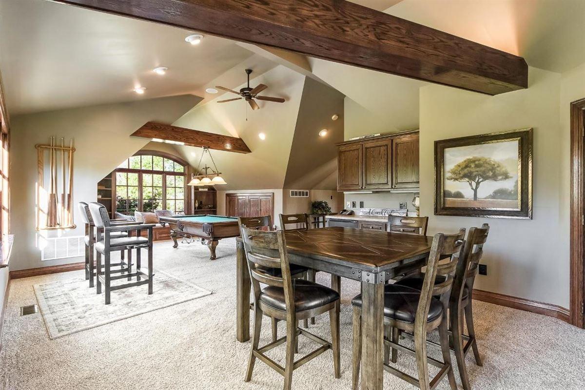 Luxury real estate  idyllic nine acre estate