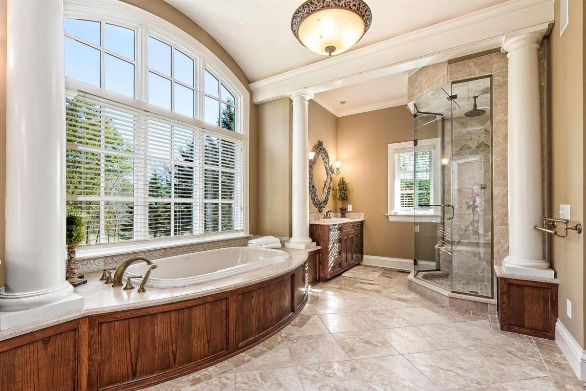 Mansions  idyllic nine acre estate