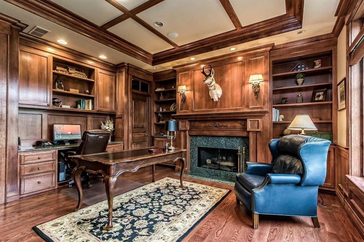 idyllic nine acre estate mansions