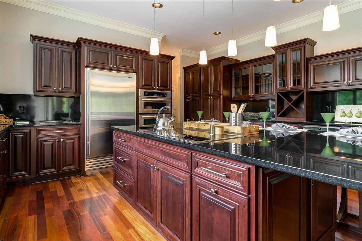 Southern Charm luxury homes