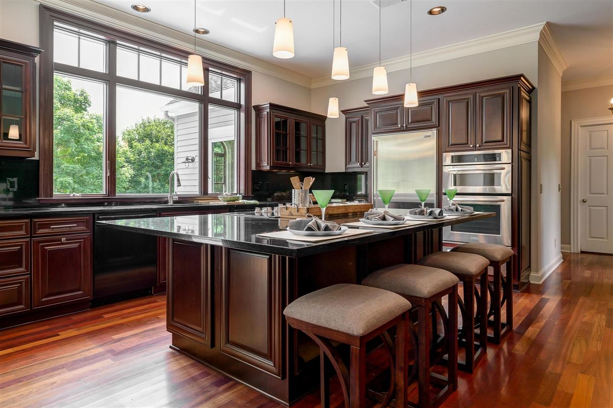 Luxury real estate Southern Charm