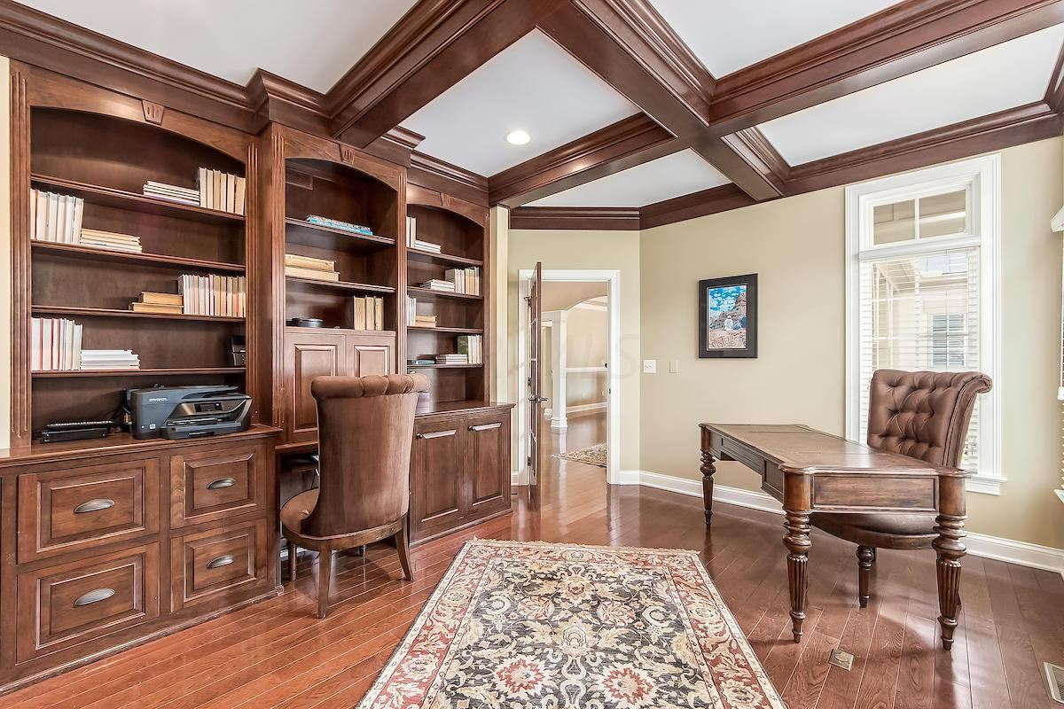 Luxury real estate a Stunning executive home