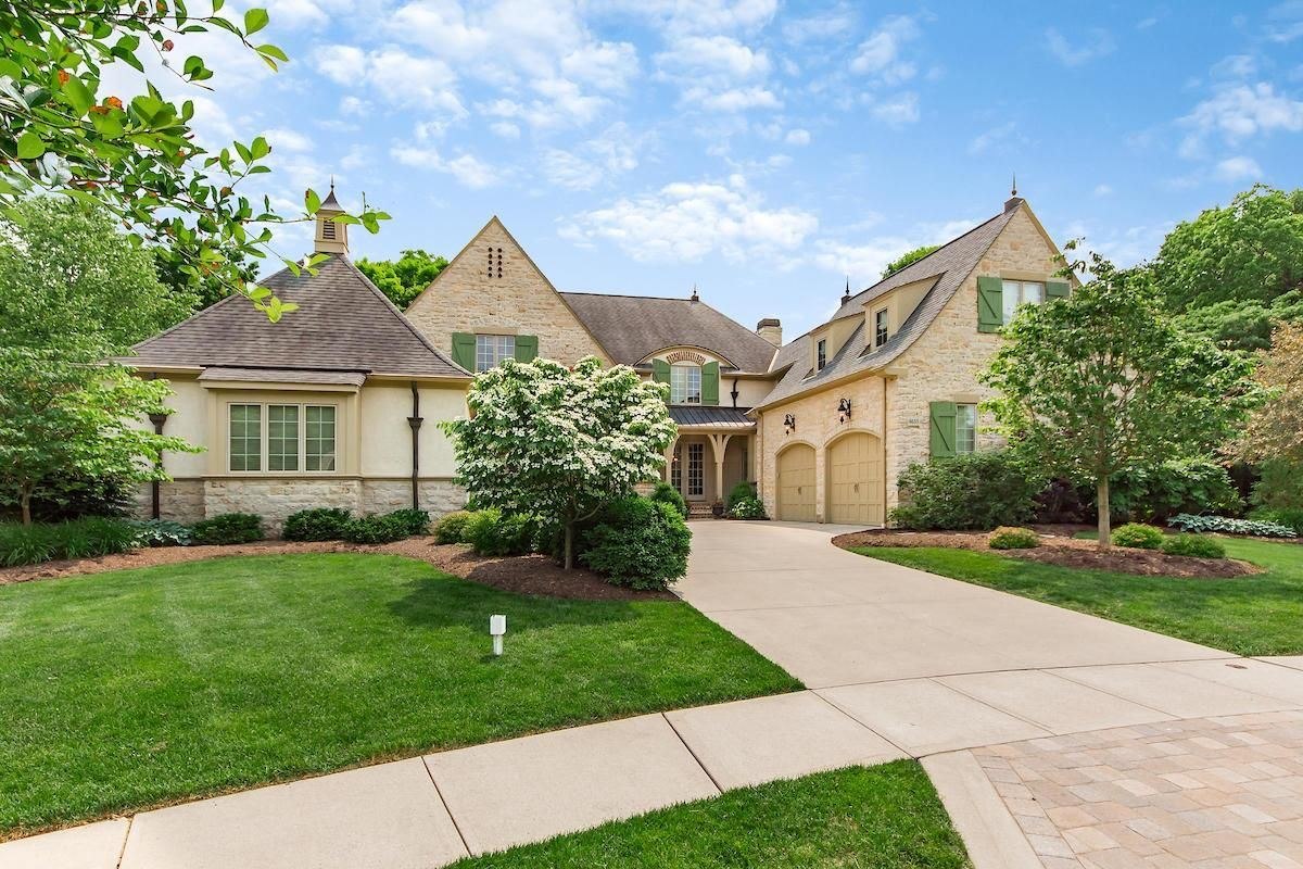 Luxury homes in a Stunning executive home