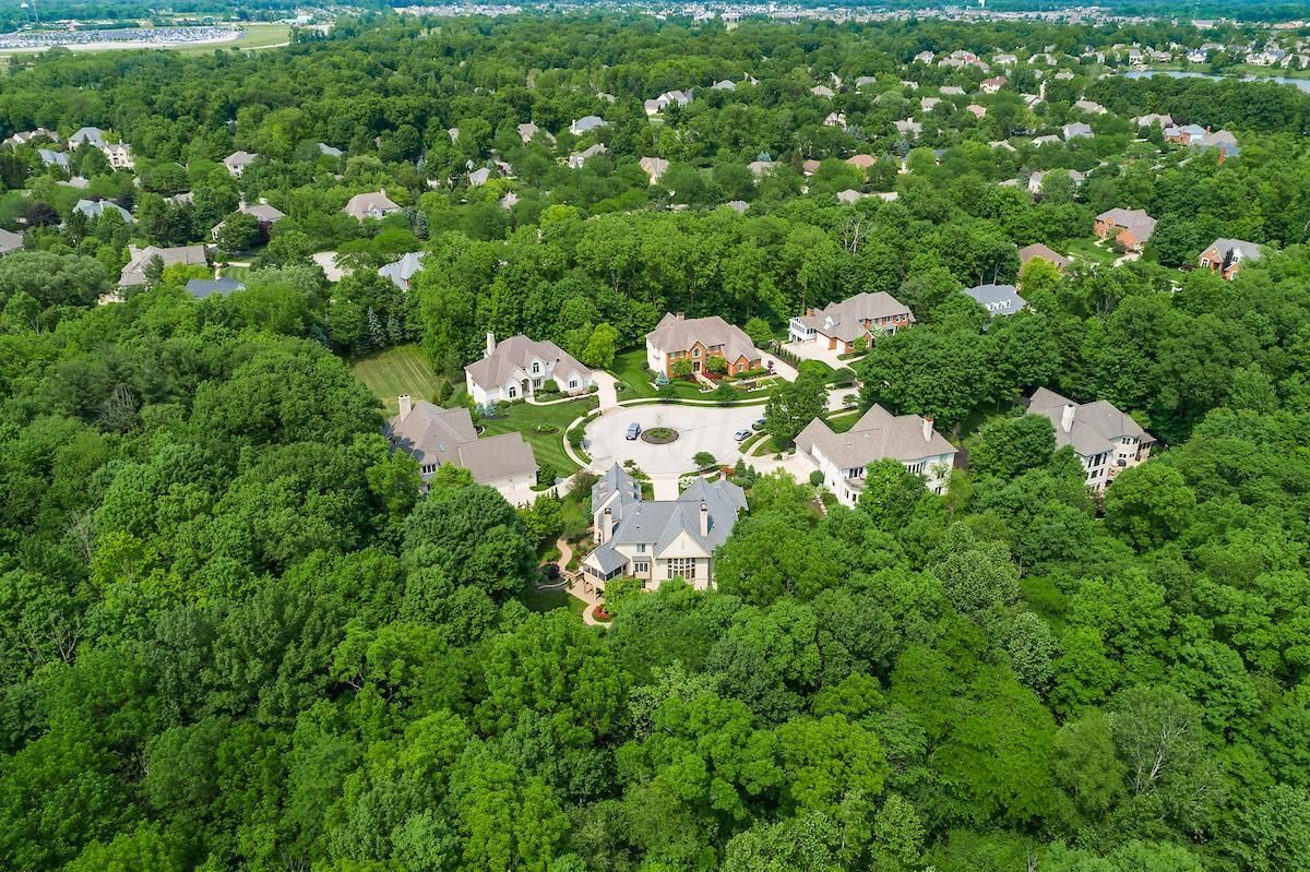 a Stunning executive home  luxury properties