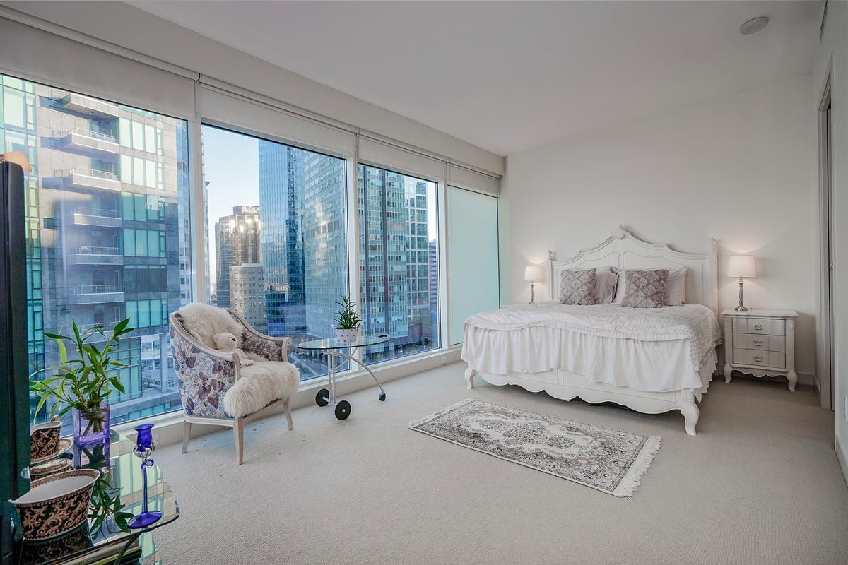 Fantastic Ocean and Mountain Views luxury properties