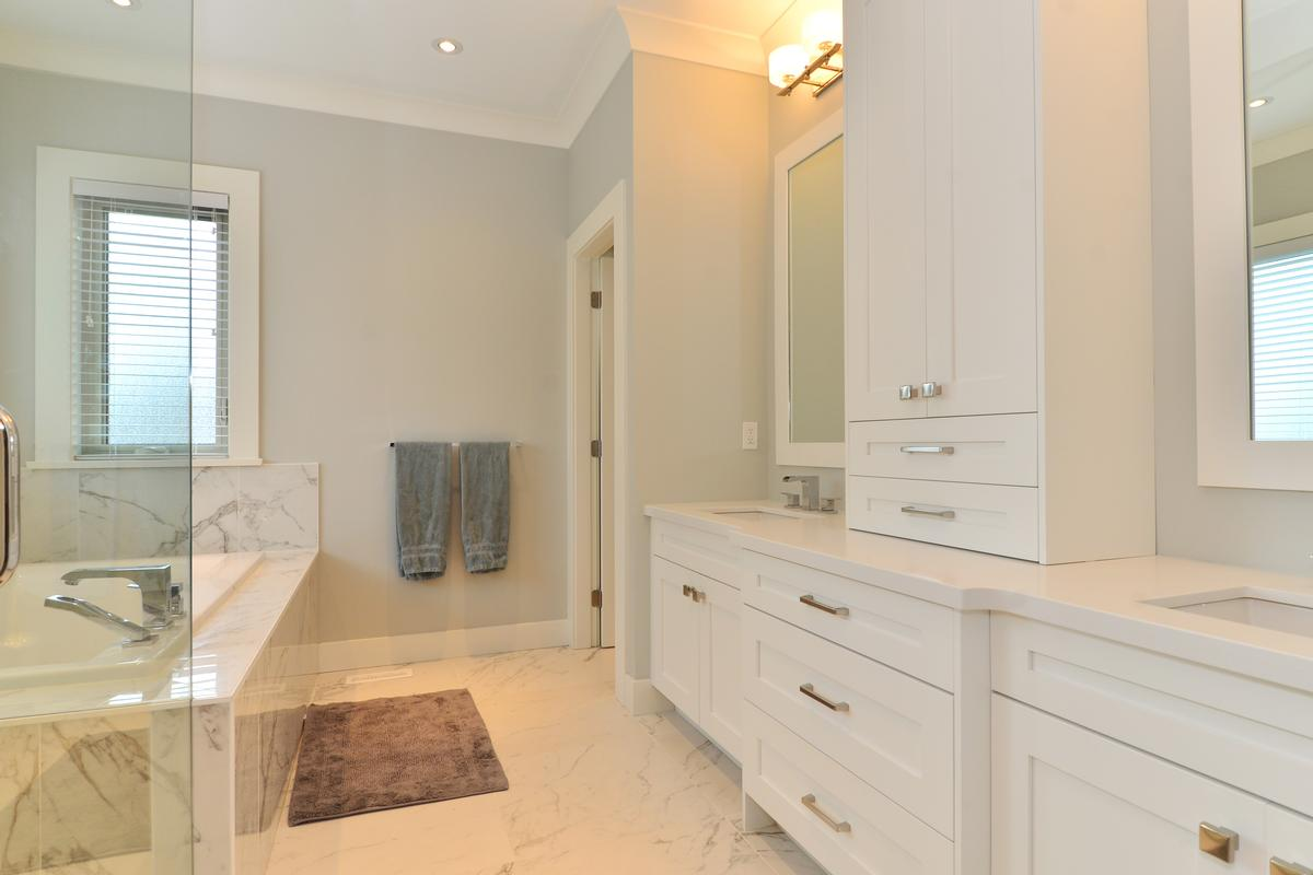 Crescent Heights Beauty luxury homes