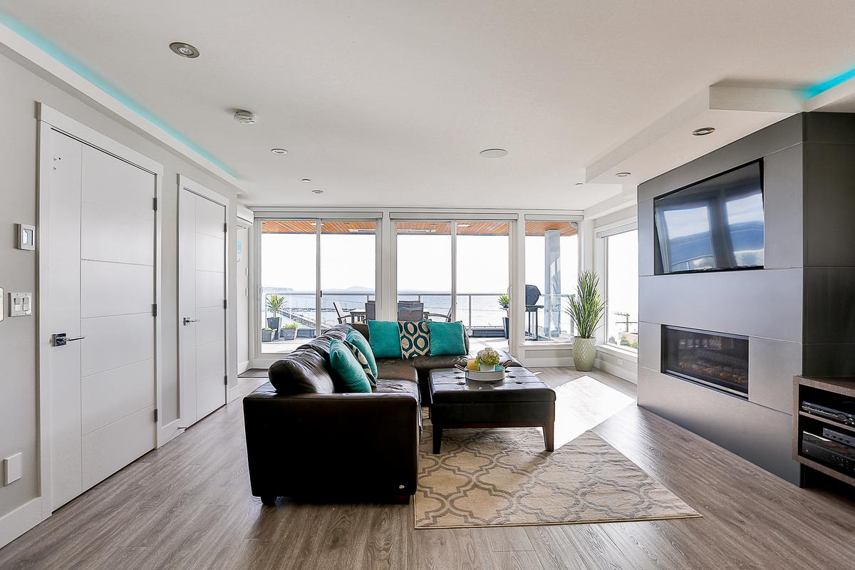Luxury real estate Panoramic Ocean Views