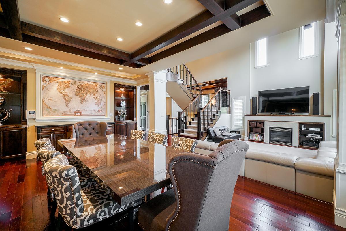 Luxury real estate Executive Fleetwood dream house