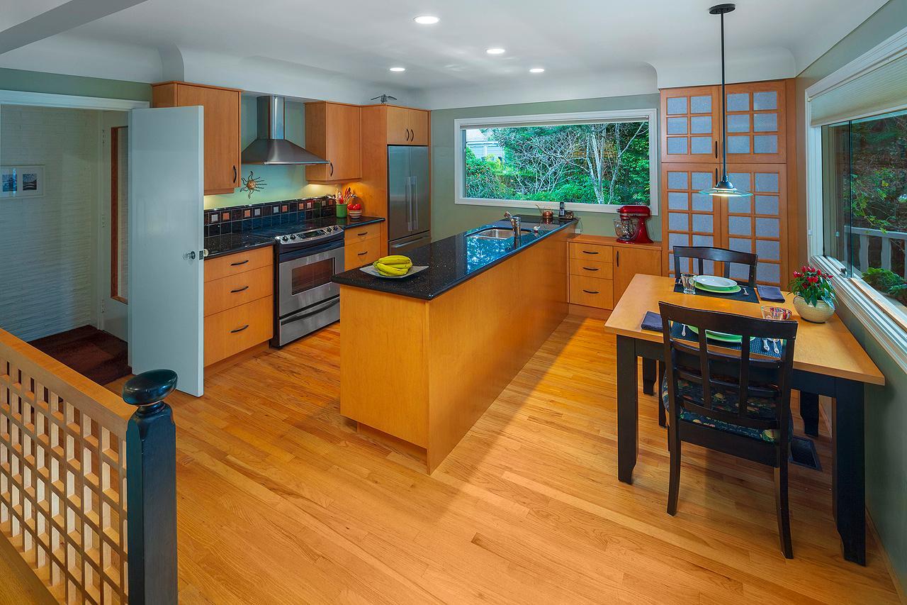 Queenswood Gem on Half Acre Zen Garden luxury properties