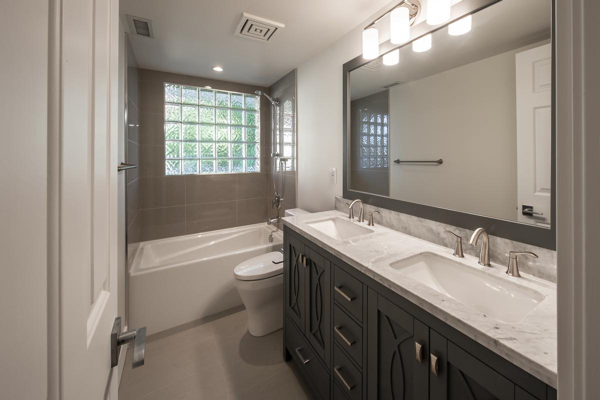 Luxury real estate the Premier Nanaimo Condominium