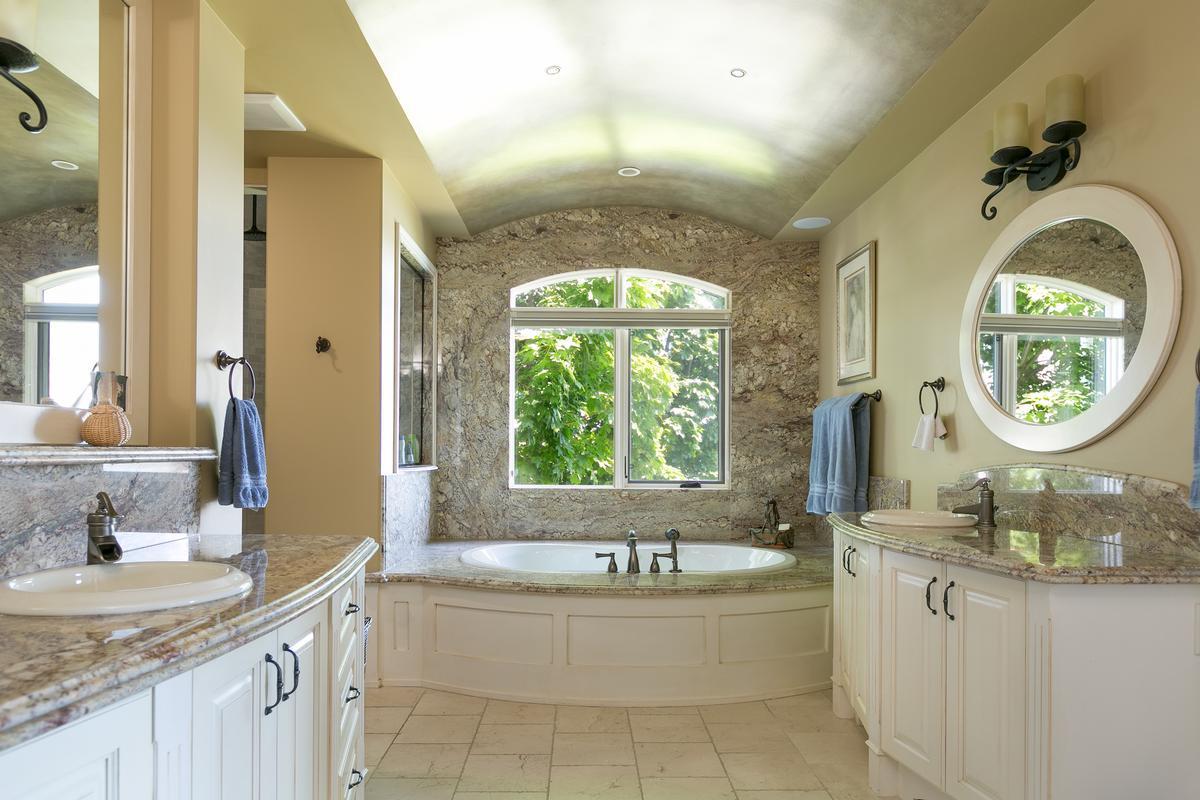 Luxury homes in  luxurious custom-built home in west kelowna