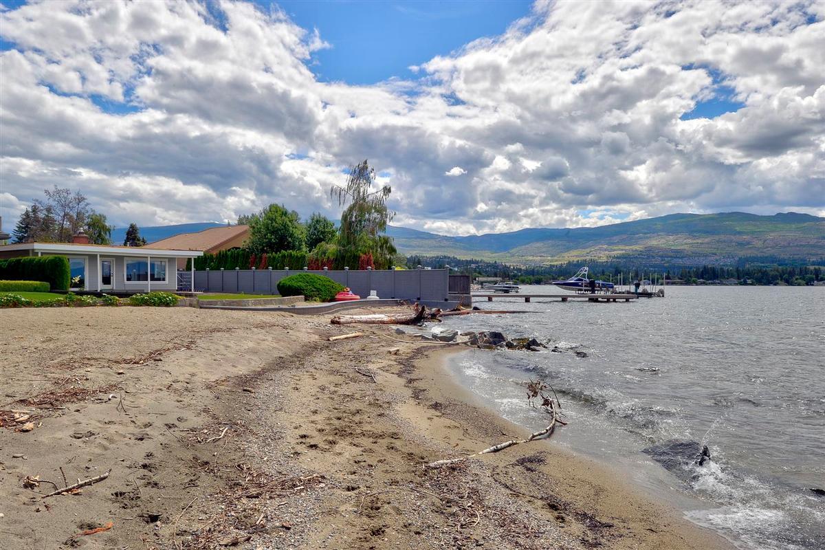 Lakeshore Luxury luxury homes