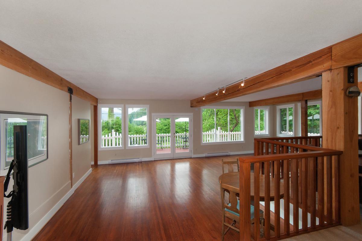 Luxury real estate Evergreen Hall