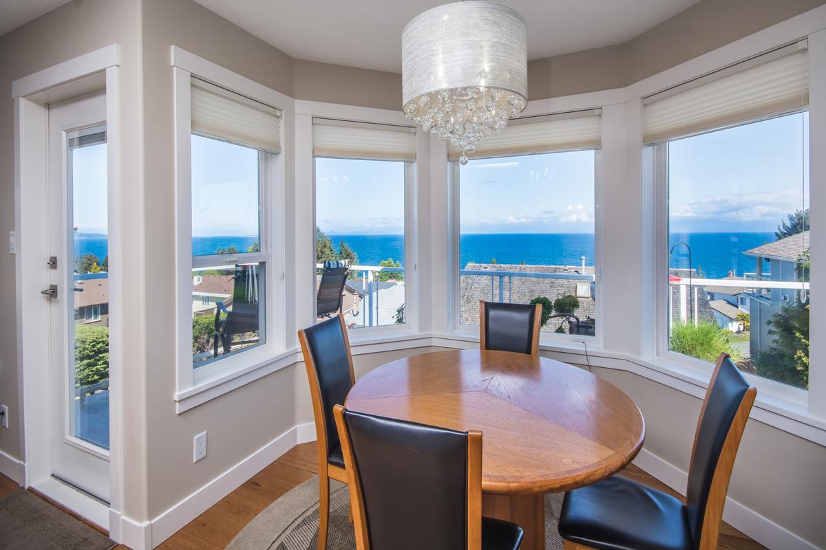 Luxury properties Spectacular Ocean Views