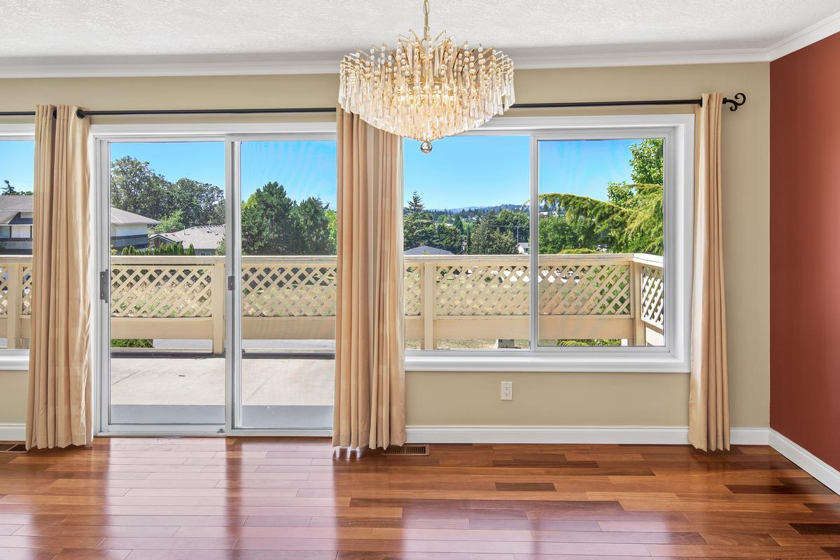 Incredible Natural Light and Unobstructed Views luxury real estate