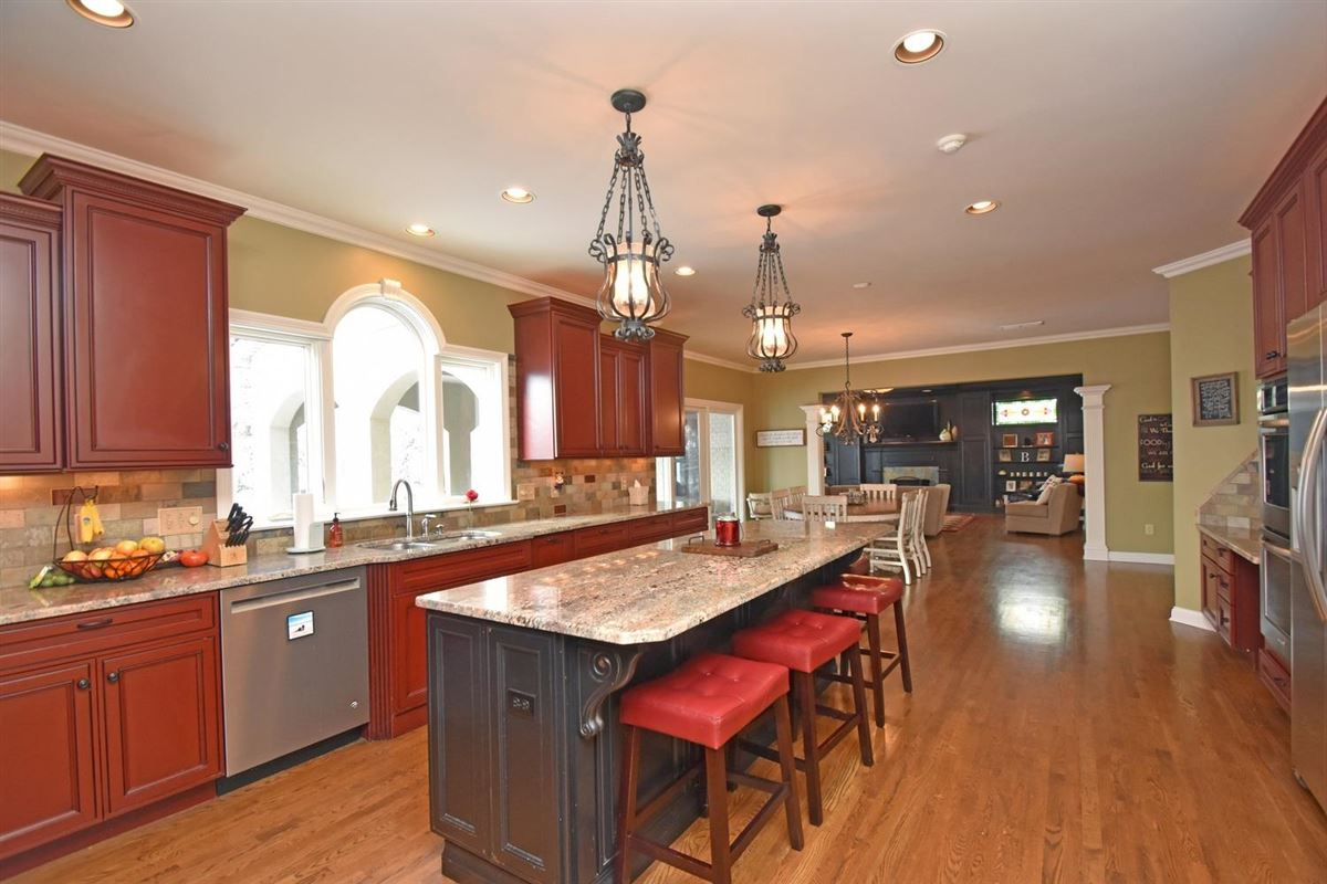 Meticulously-maintained Dave Ott resale luxury homes