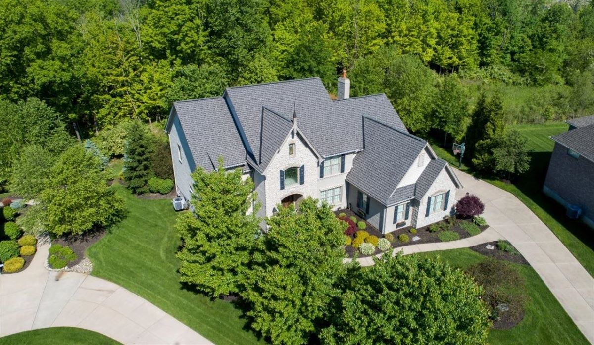 Meticulously-maintained Dave Ott resale luxury properties