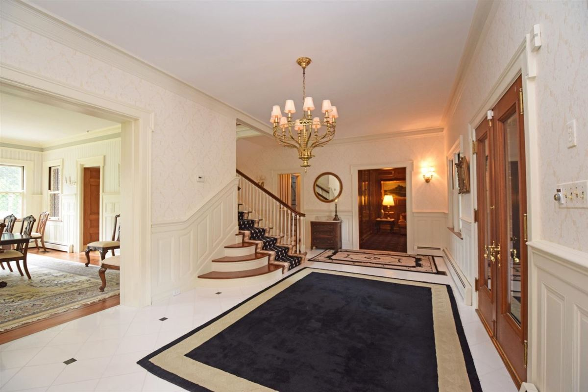 Luxury homes Renowned Edwardian style home